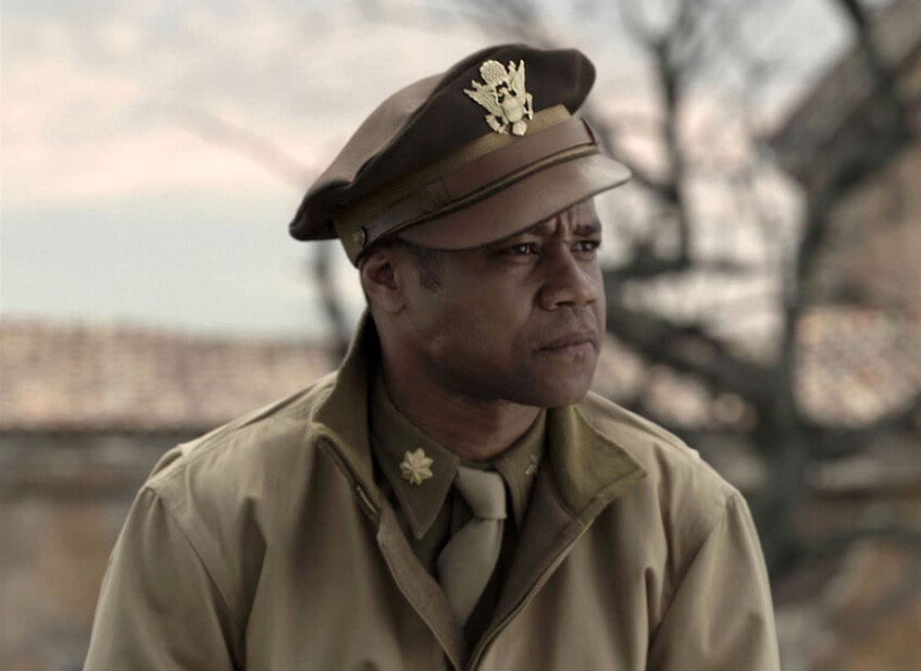 "man in military uniform in ""Red Tails"""