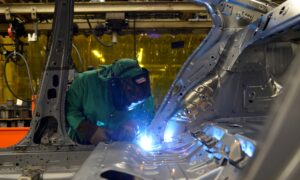 US Manufacturing Near Two-Year High; Road Ahead Difficult