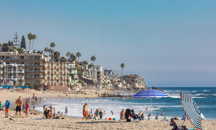 A view facing southward toward The Coast Inn from Main Beach in Laguna Beach, Calif., on Oct. 15, 2020. (John Fredricks/The Epoch Times)