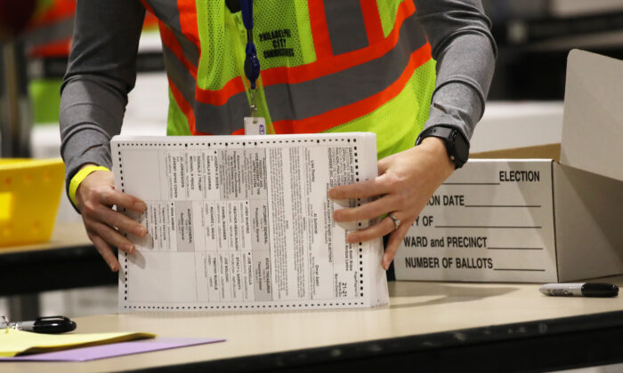 Election workers count ballots in Philadelphia, Pa., on Nov. 4, 2020. (Spencer Platt/Getty Images)