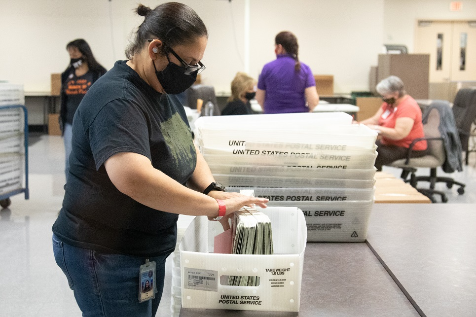 Trump Ballots Defaulted and Switched to Biden Votes on Dominion System: Maricopa GOP Chairwoman
