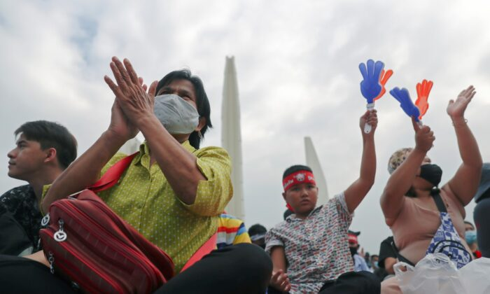 Anti-government protesters attend a mass rally to call for the ouster of Prime Minister Prayuth Chan-ocha's government and reforms in the monarchy in Bangkok, Thailand, on Nov. 8, 2020. (Athit Perawongmetha/Reuters)