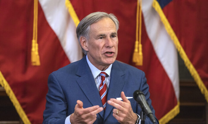 Texas Gov. Greg Abbott speaks at a press conference at the State Capitol in Austin, Texas, on May 18, 2020. (Lynda M. Gonzalez/The Dallas Morning News Pool)