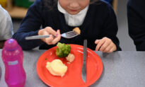 Some British Children Forgot How to Use Knife and Fork During Lockdown: Report