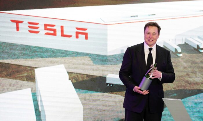 Tesla Inc CEO Elon Musk attends an opening ceremony for Tesla China-made Model Y program in Shanghai, China, on Jan. 7, 2020. (Aly Song/Reuters)