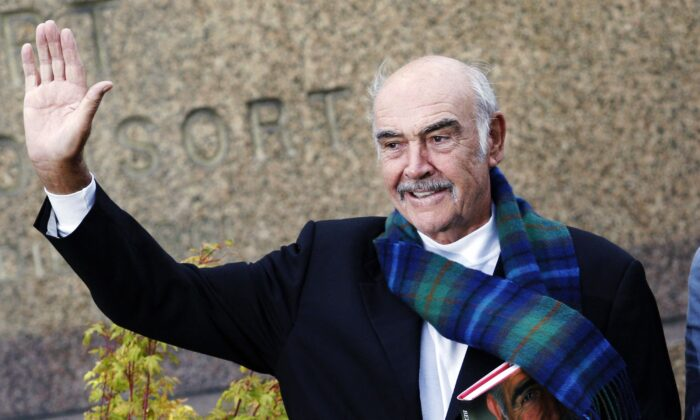 Sir Sean Connery attends the Edinburgh International Book Festival in Scotland on Aug. 25, 2008. (Ed Jones/AFP via Getty Images)