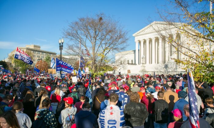 """Trump supporters participate in the """"Stop the Steal"""" rally from Freedom Plaza to the Supreme Court in Washington, on Nov. 14, 2020. (Lisa Fan/Epoch Times)"""