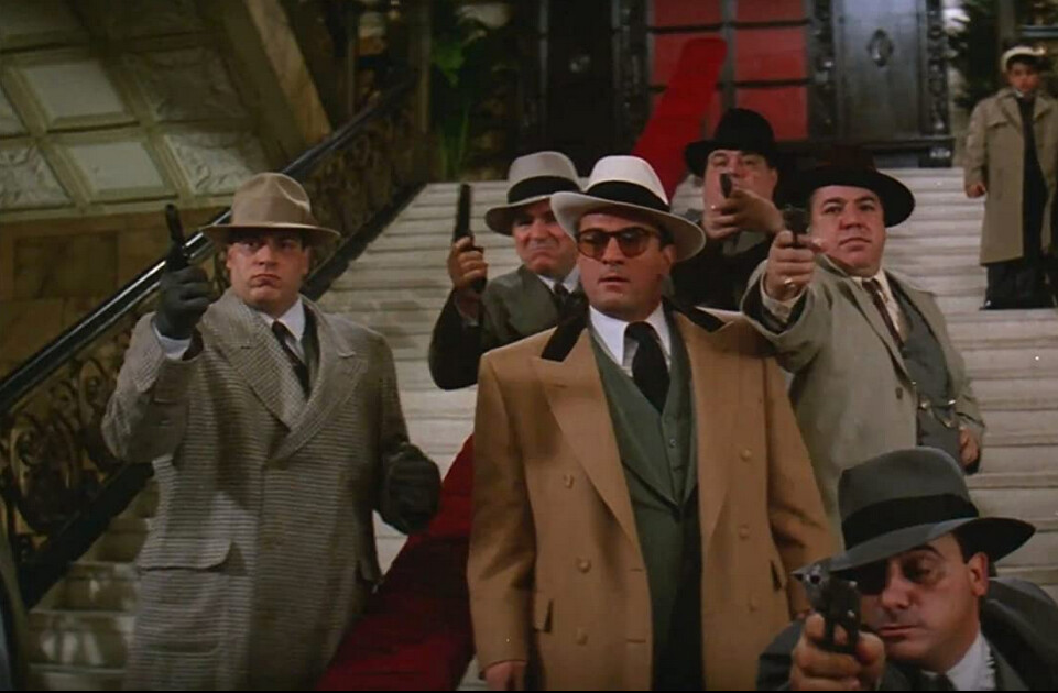 """mand in tan coat and white fedora in """"The Untouchables"""""""