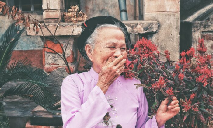 It can take a conscious effort to stay upbeat, but doing so could help preserve your memory. That's a compelling reason to make some happy memories. (Antevasin Nguyen/Shutterstock)