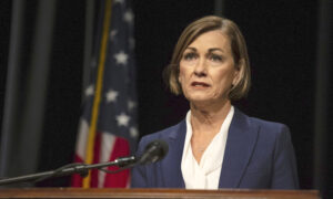 In Reversal, Iowa Governor Issues Statewide Mask Mandate as Hospitalizations Climb