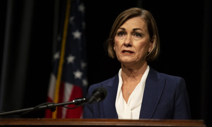 Iowa Gov. Kim Reynolds announces new restrictions to combat COVID-19 in Johnston, Iowa, on Nov. 16, 2020. (Kelsey Kremer/Des Moines Register/Pool)