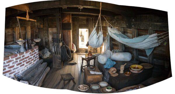 Mayflower_II_cabin_interior