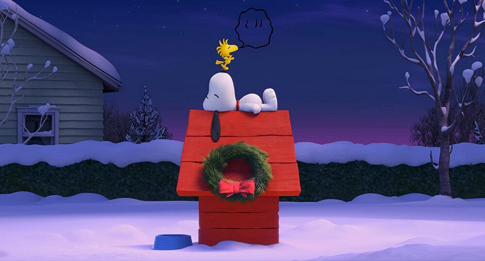"dog and bird on doghouse in ""The Peanuts Movie"""