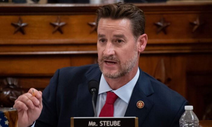 Rep. Greg Steube (R-Fla.) questions witnesses during a House Judiciary Committee hearing on Capitol Hill in Washington, on Dec. 4, 2019. (Saul Loeb/POOL/AFP via Getty Images)
