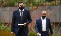 Andrews Scraps Melbourne's Mandatory Outdoor Mask Rule