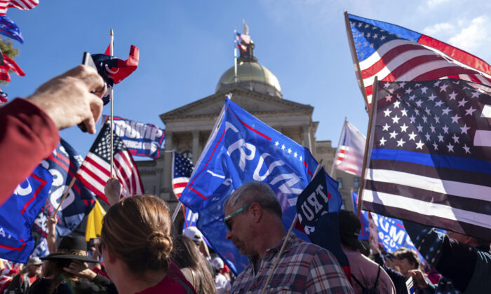 Supporters of President Donald Trump rally outside of the Georgia State Capitol in Atlanta, Ga., on Nov. 21, 2020. (Ben Gray/AP Photo)