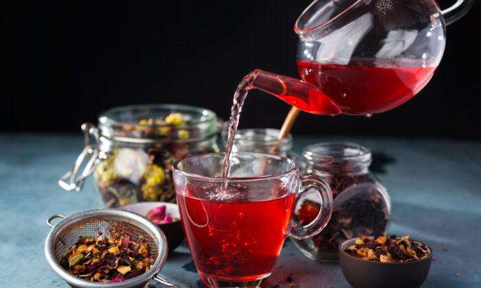 Herbal and fruit teas sweetened with vanilla or cinnamon offer a safe and satisfying refreshment.(OlegKovalevichh/Shutterstock)