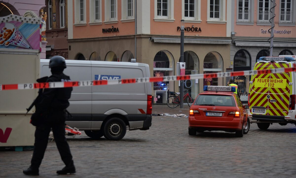 A square is blocked by the police in Trier