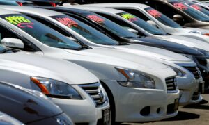 US Auto Sales Lose Momentum in November