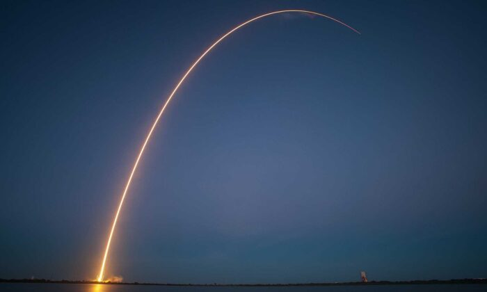 (SpaceX-Imagery/Pixabay)