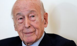 Former French President Giscard d'Estaing dies at 94