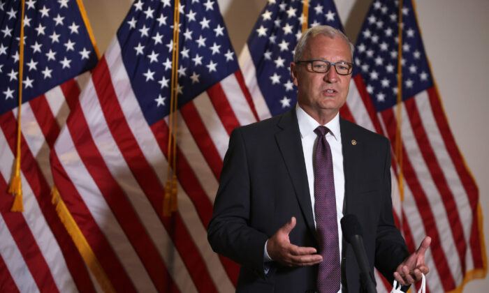 Sen. Kevin Cramer (R-ND) speaks to members of the press on Capitol Hill in Washington, D.C., on Aug. 4, 2020. (Alex Wong/Getty Images)