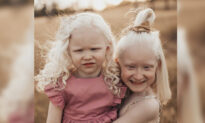 From Initial Fears to Developing a Fighting Spirit, Mom Raises Two Albino Daughters