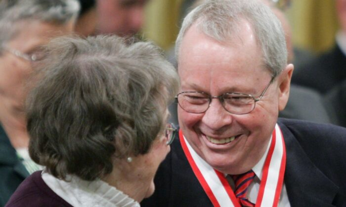 Former Toronto Mayor David Crombie of Toronto, (right) laughs with Budge Wilson of Halifax, N.S. after receiving the Order of Canada during a ceremony at Rideau Hall in Ottawa on March 11, 2005. (The Canadian Press/Jonathan Hayward)