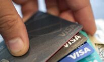 Credit Card Borrowing Falls to Lowest Level in 4 Years