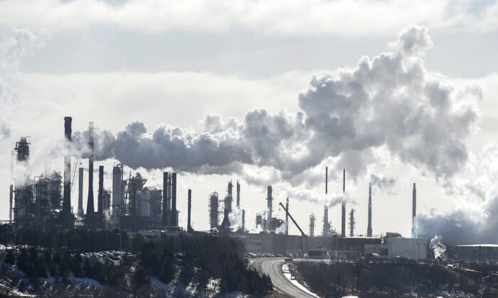 The Irving Oil Refinery is seen in Saint John, N.B., on Jan. 29, 2019. (The Canadian Press/Andrew Vaughan)