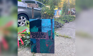 Homeless Neighbors Leave Handmade Card on Woman's Porch to Thank Her for 'Sharing Garden'