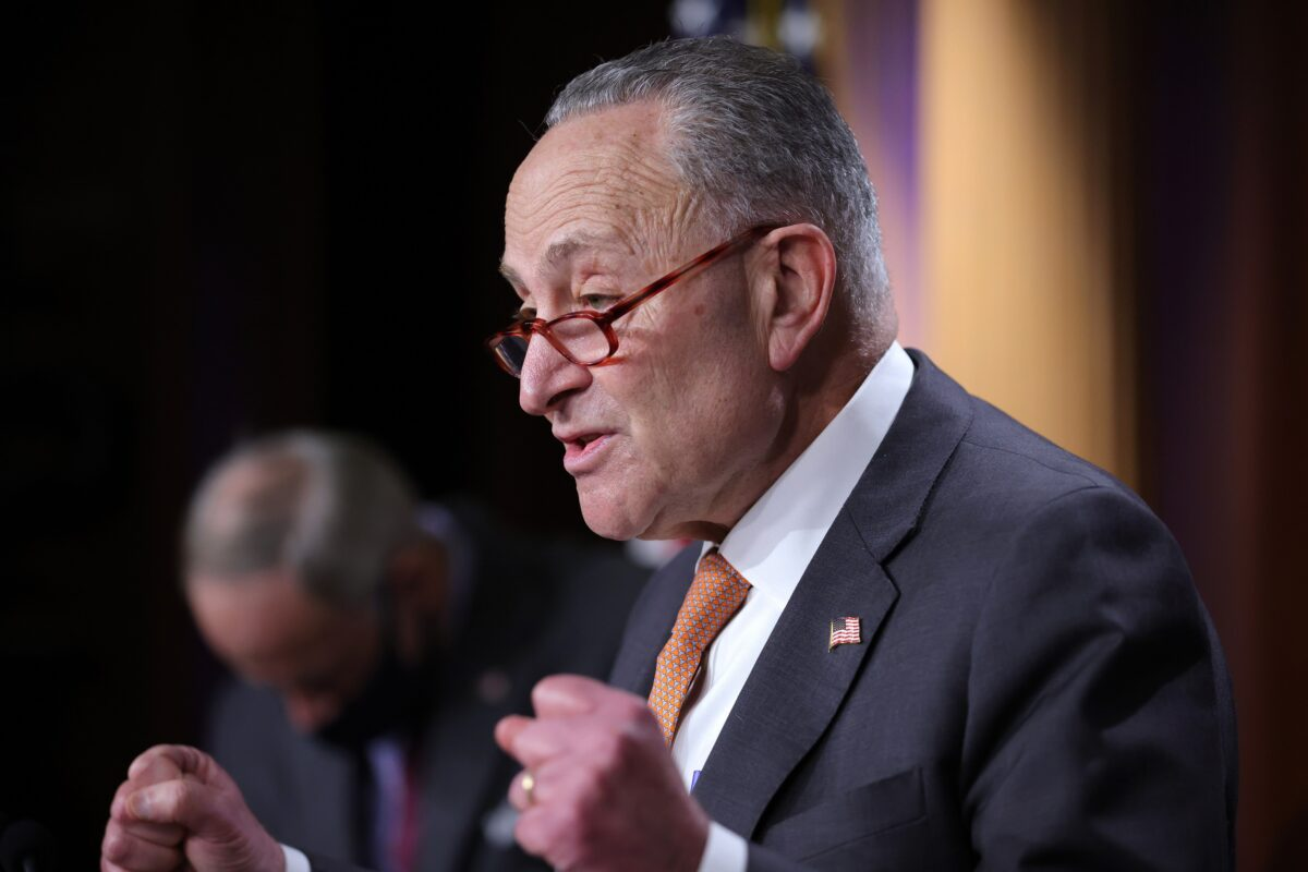 mitch-mcconnell-e1609298798295-1200x725 McConnell and Schumer Lock Over Senate Power-Sharing Deal Due to Filibuster Spat Politics [your]NEWS