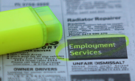Jobless Rate Called an 'Economic Miracle' as Australian Unemployment Falls to 5.5 Percent