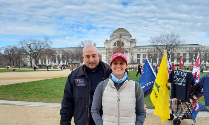 Diana and Thomas Chapogas joined a protest in Washington on Dec. 12, 2020, calling for fair and transparent elections. (Charles Lu/The Epoch Times)