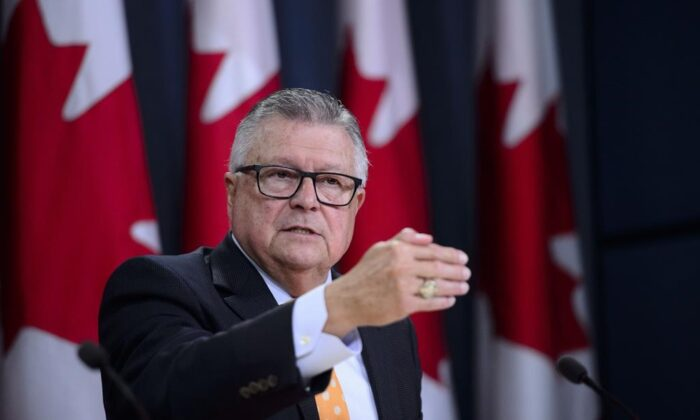 Ralph Goodale gestures during a press conference at the National Press Theatre in Ottawa on Tuesday, Aug 6, 2019.