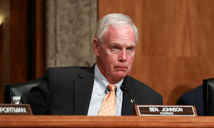 Sen. Ron Johnson (R-Wis.) chairs a Homeland Security Senate hearing in Washington on March 4, 2020. (Charlotte Cuthbertson/The Epoch Times)