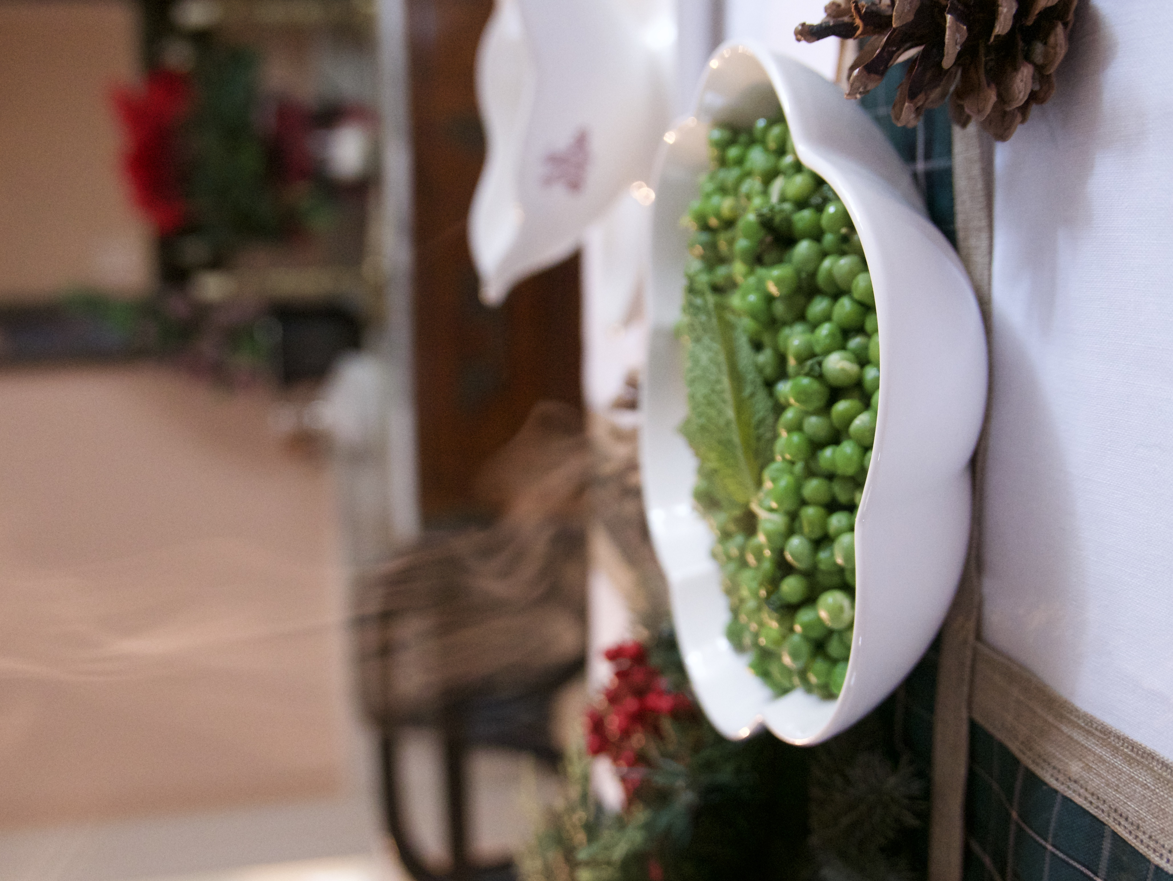 peas with butter and mint hot