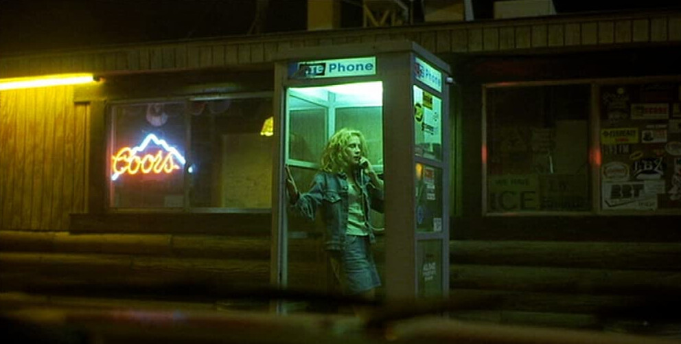 """woman in telephone booth in """"Erin Brockovich"""""""