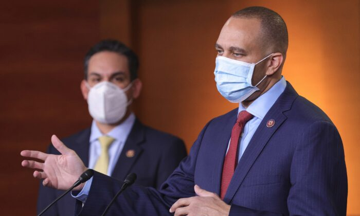 Chairman of the Democratic Caucus Rep. Hakeem Jeffries (R) (D-N.Y.) and vice chair-elect of the Democratic Caucus Rep. Pete Aguilar (L) (D-Calif.) speak at a press conference in Washington on Dec. 8, 2020. (Win McNamee/Getty Images)