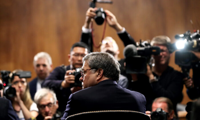 Attorney General William Barr testifies before the Senate Judiciary Committee on May 1, 2019. (Win McNamee/Getty Images)