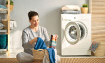 6 Reasons You Need to Add Vinegar to the Laundry