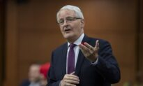 Garneau Directs CTA to Develop New Rules for Flight Cancellation Refunds