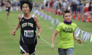 4th-Grade Star Athlete Becomes 'Guide Runner' to Help Blind Teen Compete Cross Country