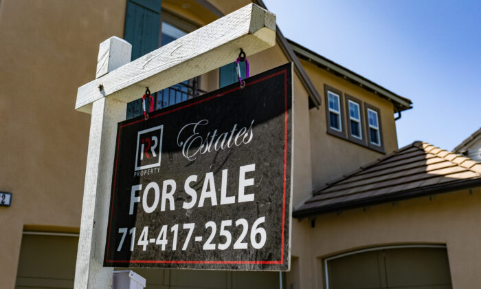 Homes await buyers in the city of Irvine, Calif., on Sept. 21, 2020. (John Fredricks/The Epoch Times)