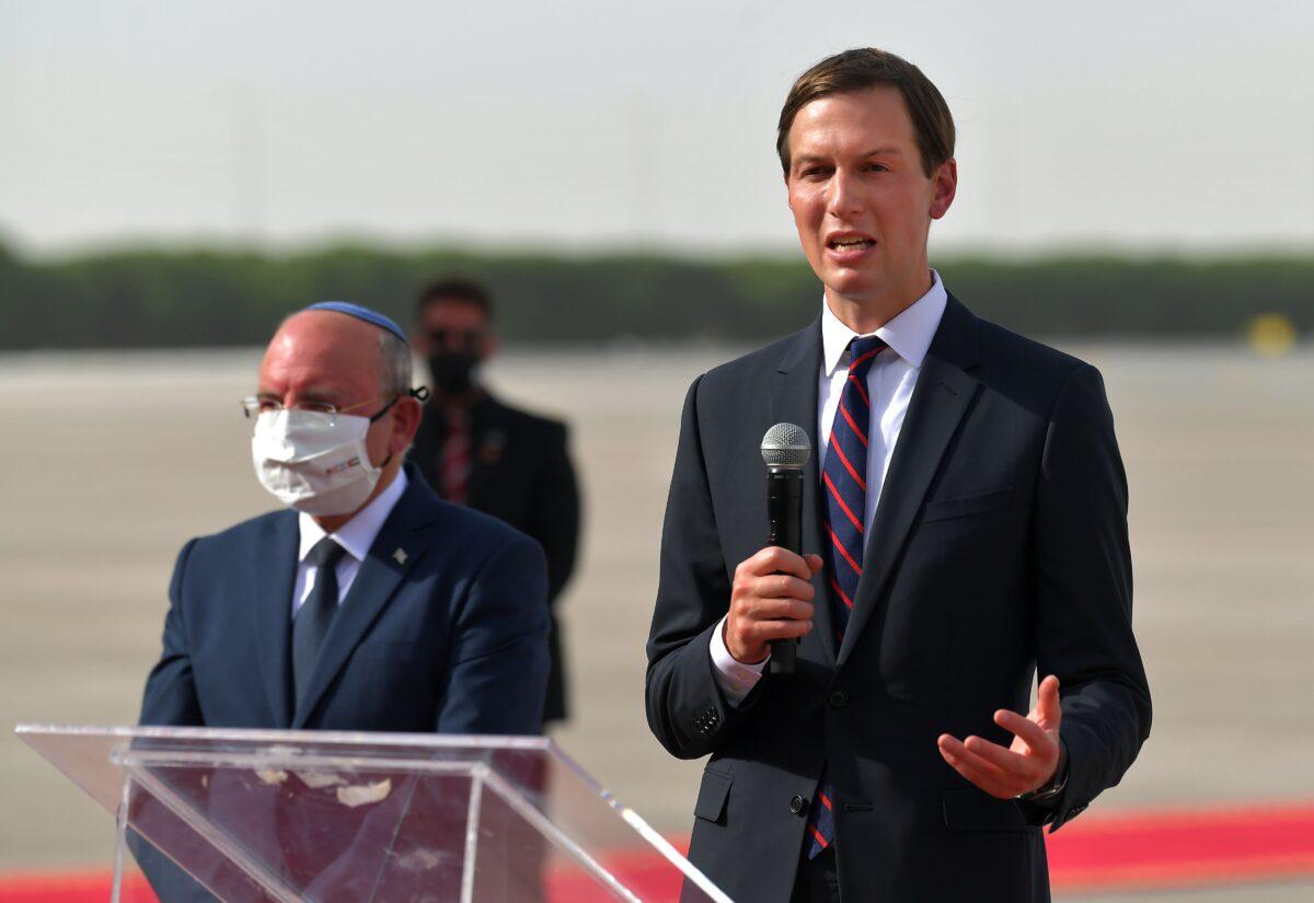 Jared Kushner (R) Meir Ben-Shabbat (L)
