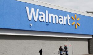 Walmart Earnings Beat Expectation, Raises Outlook
