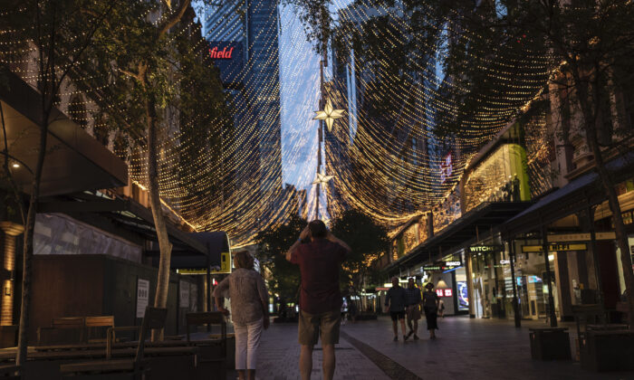 Christmas lights cover Pitt Street mall  in Sydney, Australia on Nov. 28, 2020. (Brook Mitchell/Getty Images)
