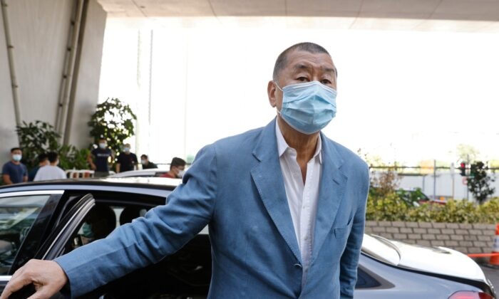 Media mogul Jimmy Lai Chee-ying arrives at West Kowloon Courts to face charges related to an illegal vigil assembly commemorating the 1989 Tiananmen Square crackdown in Hong Kong, on Oct.15, 2020. (Tyrone Siu/ Reuters)