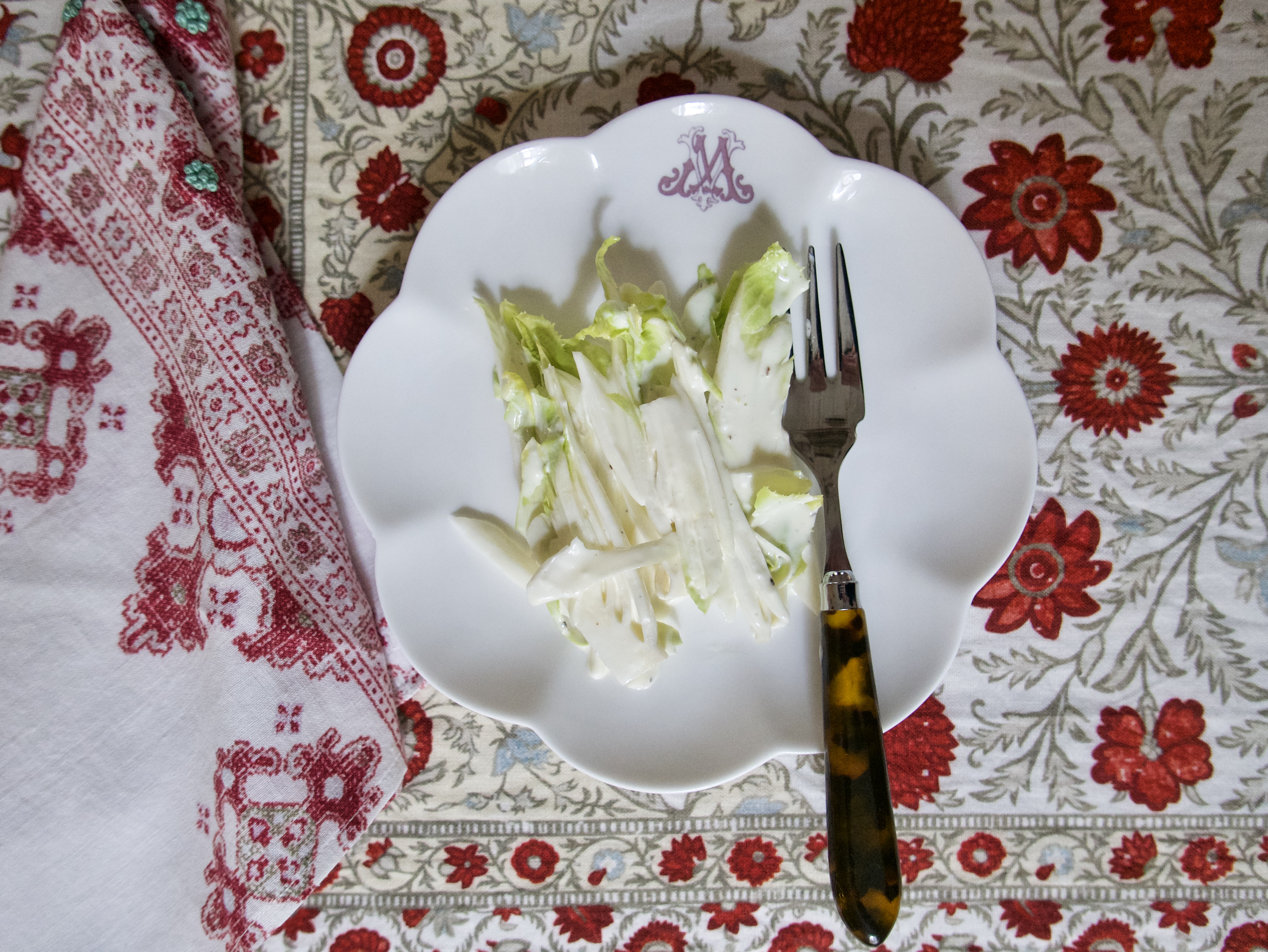 endive salad with vinaigrette