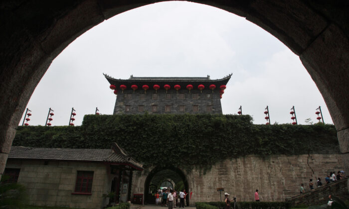 Tourists visit the Zhonghua Gate in Nanjing, Jiangsu Province, China on June 26, 2008. The Zhonghua Gate, the biggest castle-style city gate in China and a structural element of the most complicated castle in the world, was built in the period of Five Dynasties and Ten Kingdoms (917 A.D). (China Photos/Getty Images)